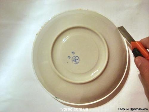 Зимняя тарелочка с эффектом снега 5