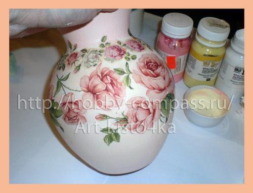 из стеклянной вазы фарфоровую 12