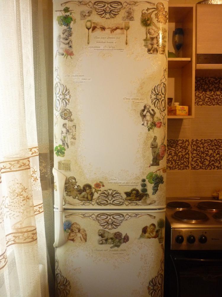 Декор холодильника фото