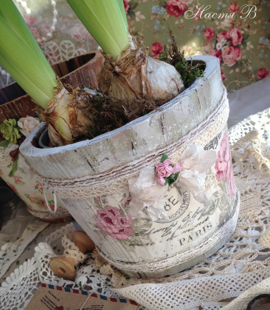 Декупаж цветочных горшков своими руками с кракелюром