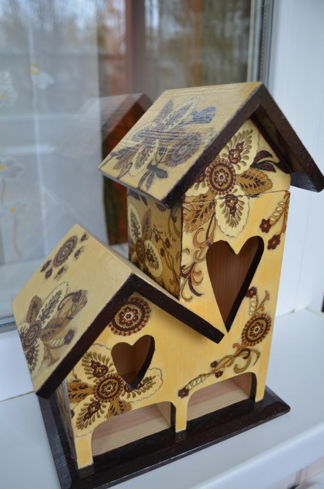 Чайный домик - бежевый,дерево,лак,дерево,лак,краски акриловые
